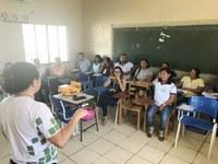 Equipe do CAM participa de encontro pedagógico em escola indígena do Amajari