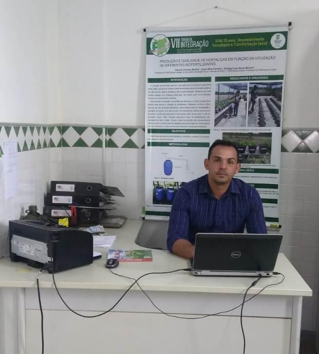Professor do IFRR/Campus Amajari lança livro pela Universidade Federal de Viçosa, em Minas Gerais